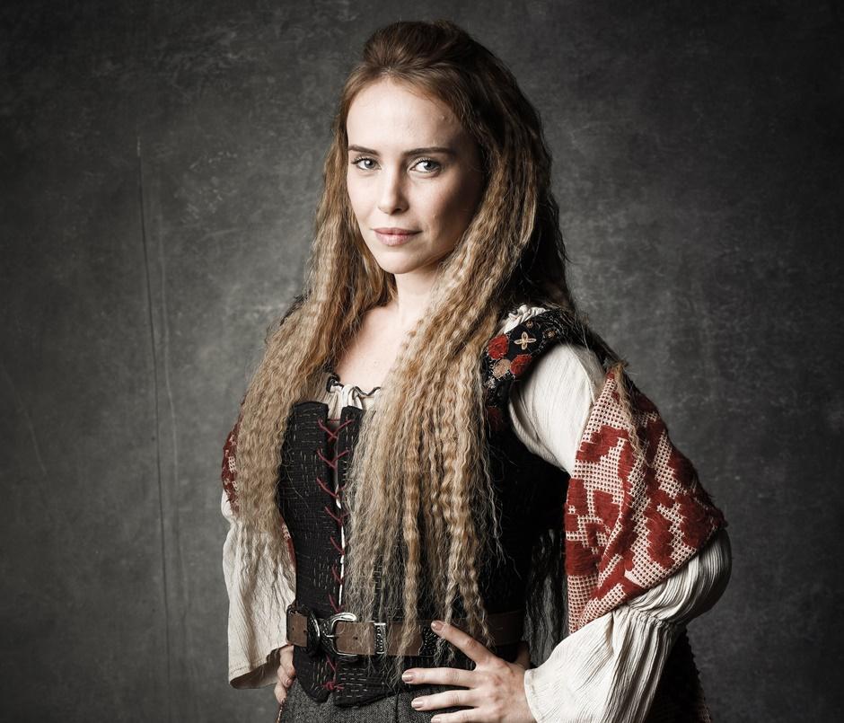 Diana (Fernanda Nobre)